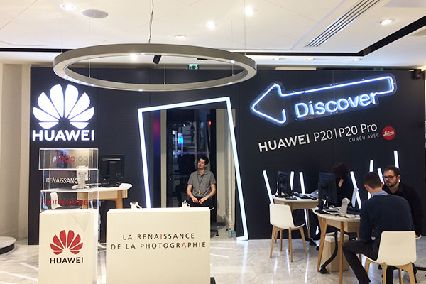 Enseigne Lumineuse pour Huawei Discover Seine-et-Marne (77) - AFE 94